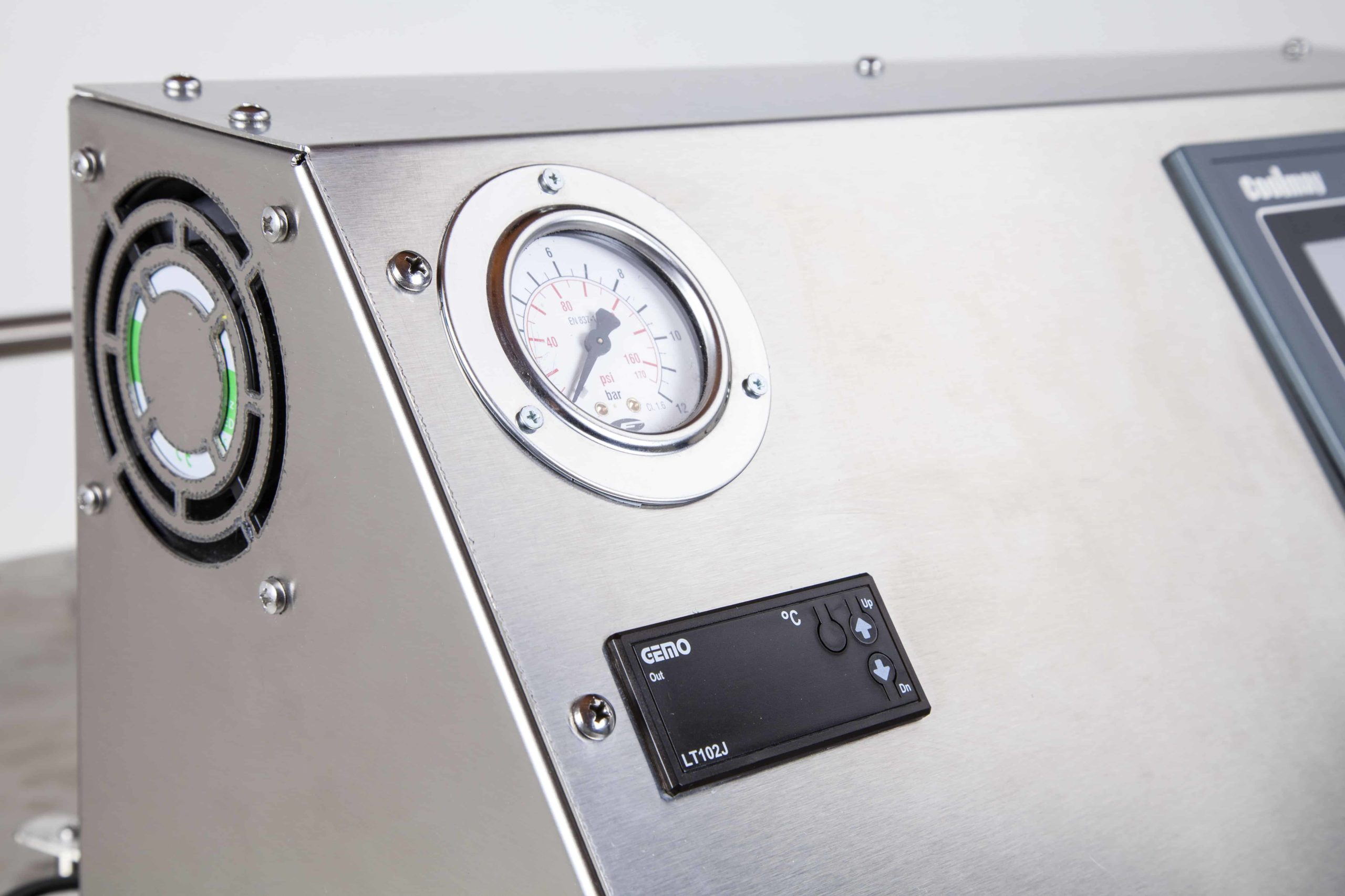 UNI SVC 27-48 Steam Cleaning Machine Front Bar View