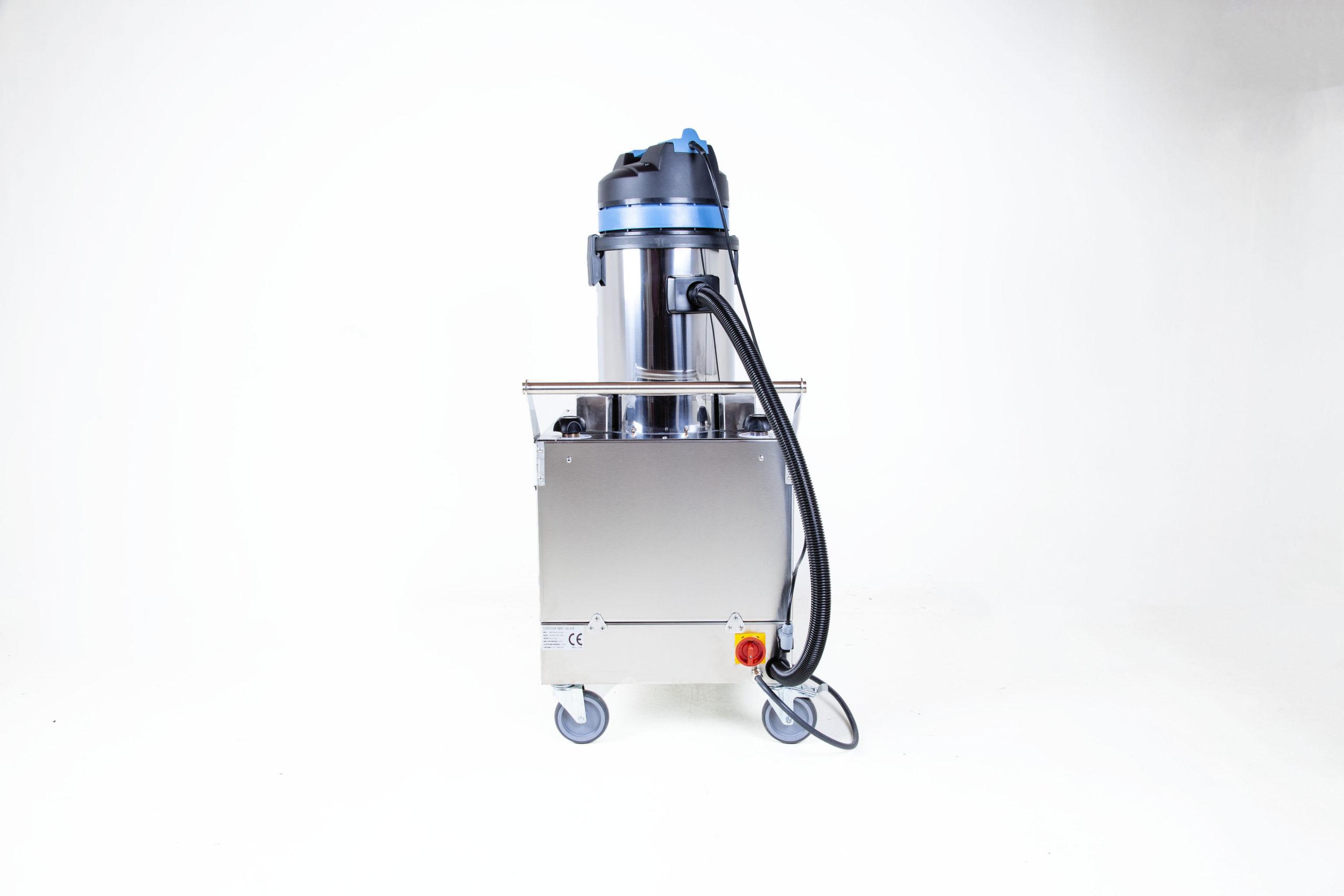 Uni SVC 9-18 Buharlı Temizlik Makinesi Arka Görünüm
